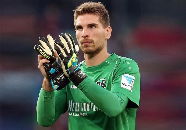 hannover-s-goalkeeper-ron-robert-zieler-hannoverfc